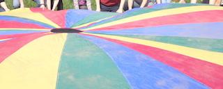 Utiliser un jeu-parachute en catéchèse