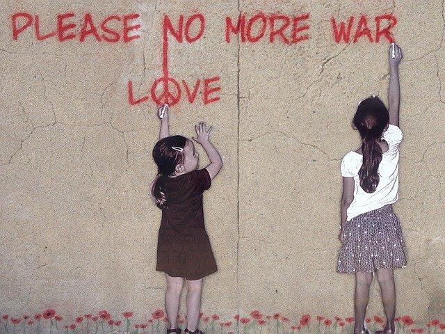 Petite recension Point KT ayant pour thèmes la guerre… et la paix